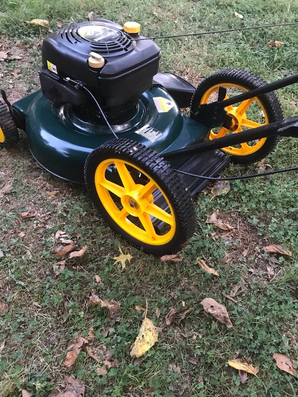 Craftsman mower- if ads up it's available c04cc526-3fcd-4444-bc49-5a154b160a9b