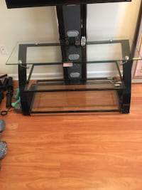 TV Stand GERMANTOWN