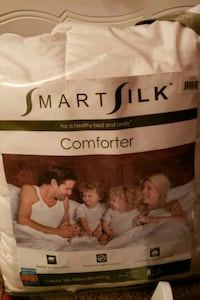 SmartSilk comforter **NEW** Sterling, 20164