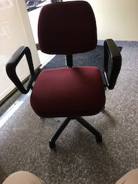 Swivel chair  Brampton, L6P