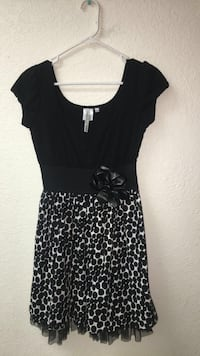 Black and white lace polkadotted ladies dress  Palm Springs, 92262