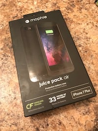 iPhone 7 Plus mophie charging case  Whitby, L1N 9X4