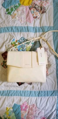 MAT & NATT cross bag Toronto, M6B 3B7