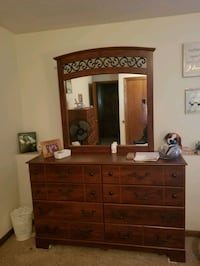 brown wooden 8-drawer dresser with mirror Wayzata, 55391