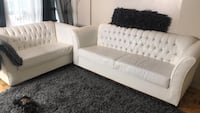 Couch white 2 piece with diamonds Mississauga, L5R 3E6