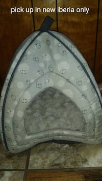 Small cat house/bed New Iberia, 70560