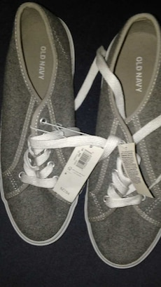 Old navy NEW size 8
