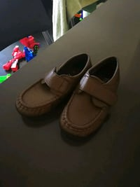 Leather Shoes for 4T  size 10 Mississauga, L5B 0G4