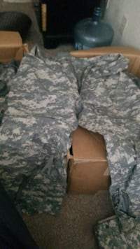 XL army wet wether bottoms Fredericksburg, 22401