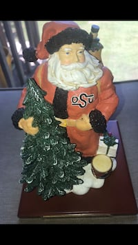 PRICELESS RARE. COLLEGIATE COLLECTIBLES OSTATE SANTA WITH BASE LIMITED EDITION Stillwater, 74074