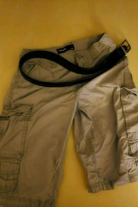 Carbon shorts size 28 with belt Bloomington, 61701