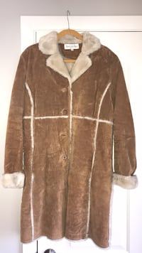 brown and white fur coat Niles, 60714