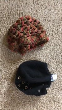 black and red knit cap Monterey Park, 91755