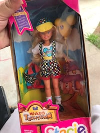 Mickey's Toon Town Stacie doll