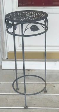 Metal plant Stand Hagerstown, 21742