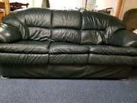 Dark Green leather 3-seat sofa Seattle, 98155