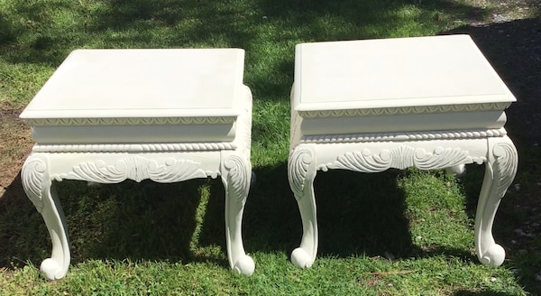Elegant matching end tables/bedside tables  9f9bf29a-085e-4eb6-9538-4cefc4d3c452