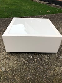 Bespoke white Coffee table  Ruislip, HA4 8PT