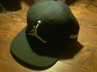 Jordan any sz fits all blk on white cap Edmonton, T6E 1R8