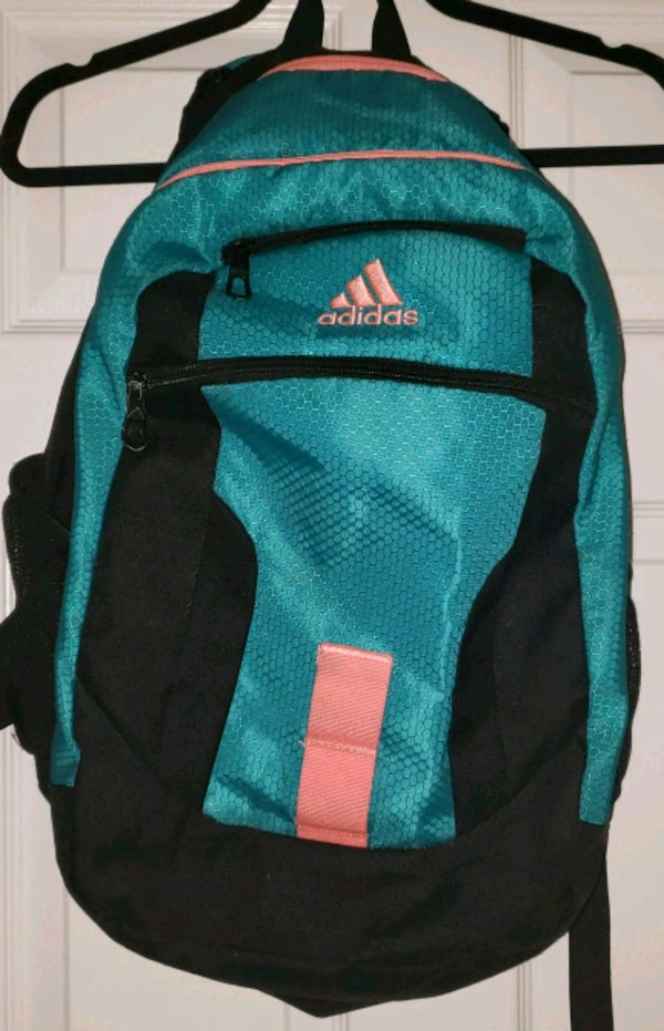 Female Addidas Backpack 331b2611-5033-4bb3-ad83-64337ce99d1d