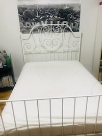 Spring and foam mattress brand new 2 months used with protector Montréal, H3W 1N8