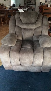 Great shape-gray suede recliner sofa chair Zillah, 98953