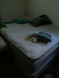Pillow Too queen size mattress/box springs Grove City, 43123