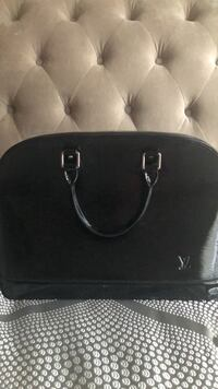 Black leather LV tote bag Owings Mills, 21117