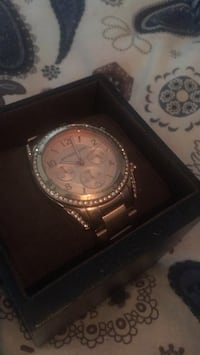 Micheal kors watch St Catharines, L2P 3V4
