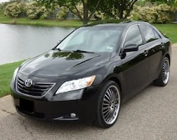 ABSOLUTELY 07 Toyota Camry XLE