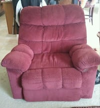 Recliner / Sofa / Chair Fort Myers, 33912