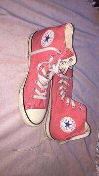 Red-and-white Converse all star high tops size 9M Surrey, V3S 9C3