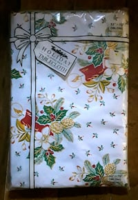 NEW Flannel Backed Vinyl Christmas Tablecloth Martinsburg, WV, USA, 25401