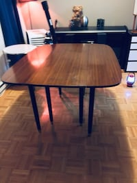 Vintage mid century modern G Plan walnut dining table  Mississauga, L5J 1V8