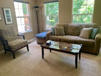 Family room/Living room furniture set- Like new!