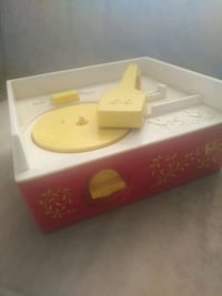 Fisher price record player # [TL_HIDDEN]  537 km