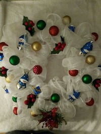 white and red floral party favor lot 375 mi