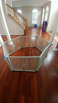Baby Gate or Pet Gate Stafford, 22554