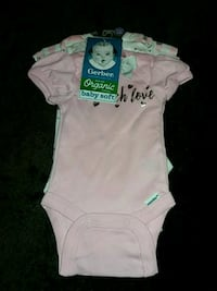 Gerber Organic cotton body suits size newborn 3 pack Victorville, 92395