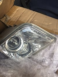 Both fog light assy with bulbs Glen Burnie, 21060