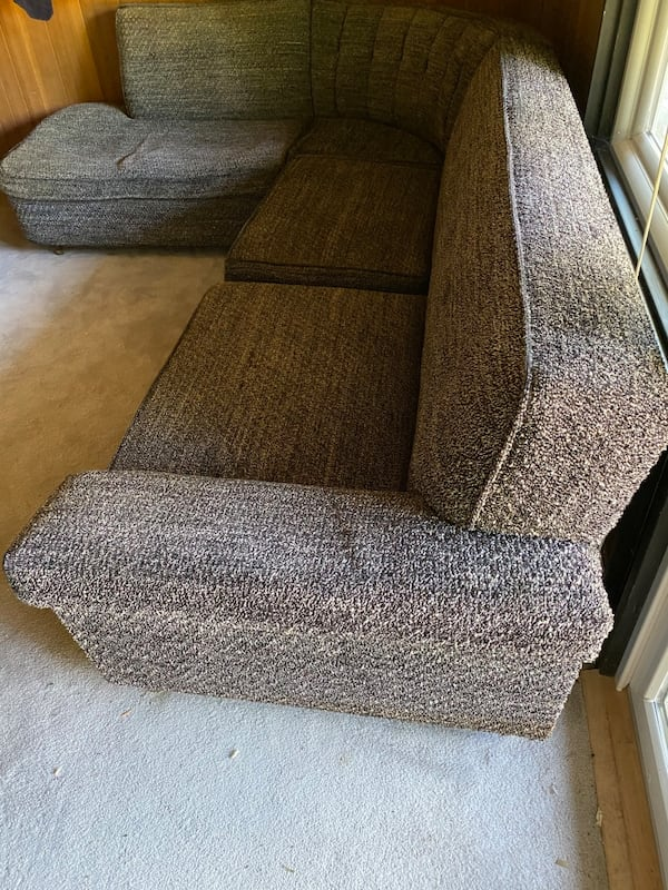 Mid Century Sectional Couch  c6025e8f-220a-46f9-88a4-b830d3028255