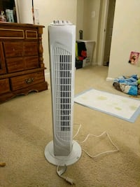 white and gray tower fan & ac  Temple Hills, 20748