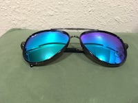 black framed blue lens aviator style sunglasses Daly City, 94014