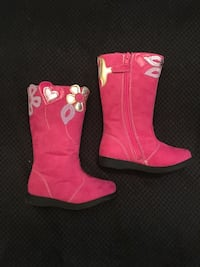 New toddlers suede boots, size 8 New York, 11204