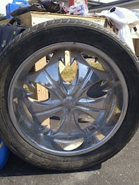 """Set of 4 22"""" rims and tires  Angus, L0M 1B3"""
