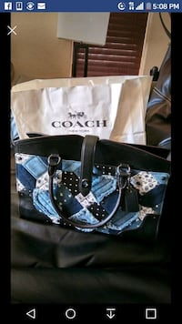 Authentic Coach purse & matching wallet Bakersfield, 93313