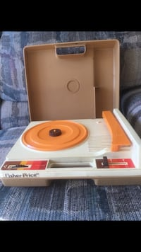 1980's Vintage Fisher Price records player Bloomingdale, 60108