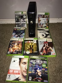 XBOX 360 slim, with 9 games 2 controllers and the hdmi cable 568 mi