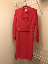 red trench coat Aurora, L4G