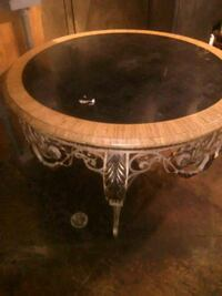 6 foot round table St. Peters, 63376